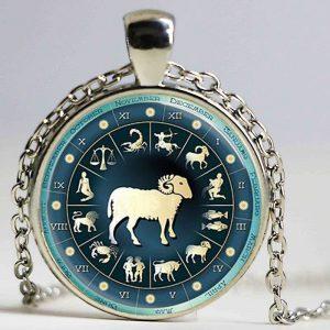 collier médaille signe astrologique bélier