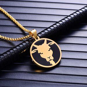 Collier pendentif signe astrologique capricorne homme or