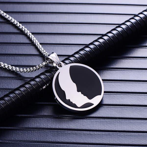 Collier pendentif signe astrologique gémeaux homme argent