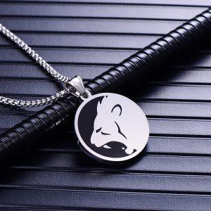 Collier pendentif signe astrologique lion homme argent