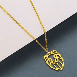 collier doré zodiaque signe lion femme