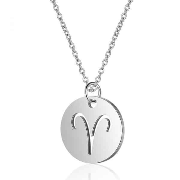collier avec signe astrologique belier