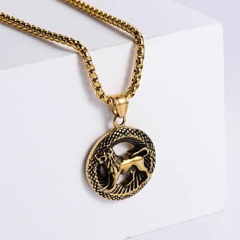 pendentif signe astrologique lion or
